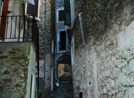 Dolceacqua (IM) – rione Borgo