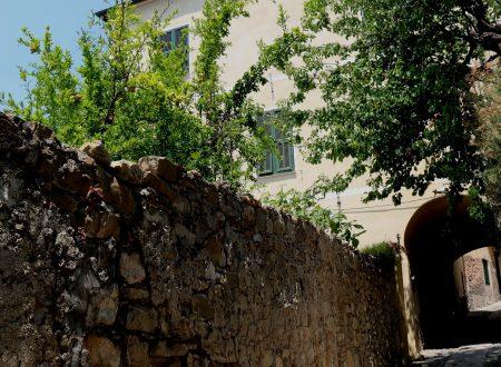 Cervo (IM): Palazzo De Simoni-Ballaydier